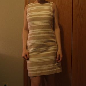 Beautiful White & Tan Banana Republic Dress!